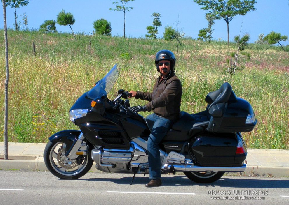 JCCS_GOLDWING_GL1800_r00001