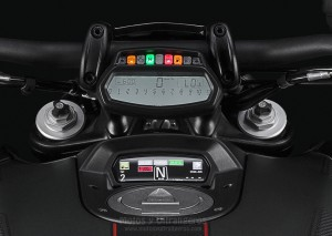 Ducati_Diavel-Carbon_00038