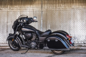 Indian_Chieftain Dark Horse-2017_00002