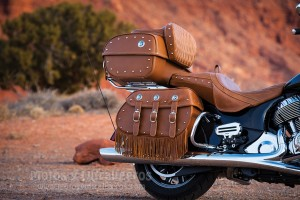 Indian_Roadmaster-classic_2017_00002