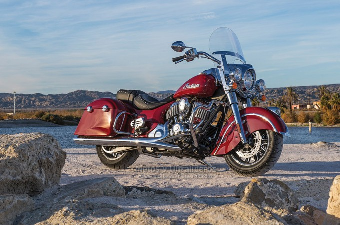 Indian Motorcycle lanza la Indian Springfield